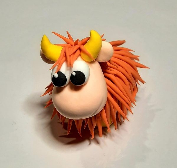 Clay kit Cow